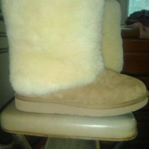 UGGs boots size 10